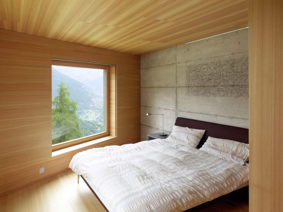 The Chalet Facing The Picturesque Mountain Glen 10