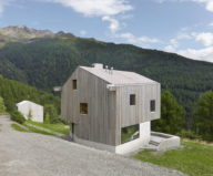 The Chalet Facing The Picturesque Mountain Glen 7