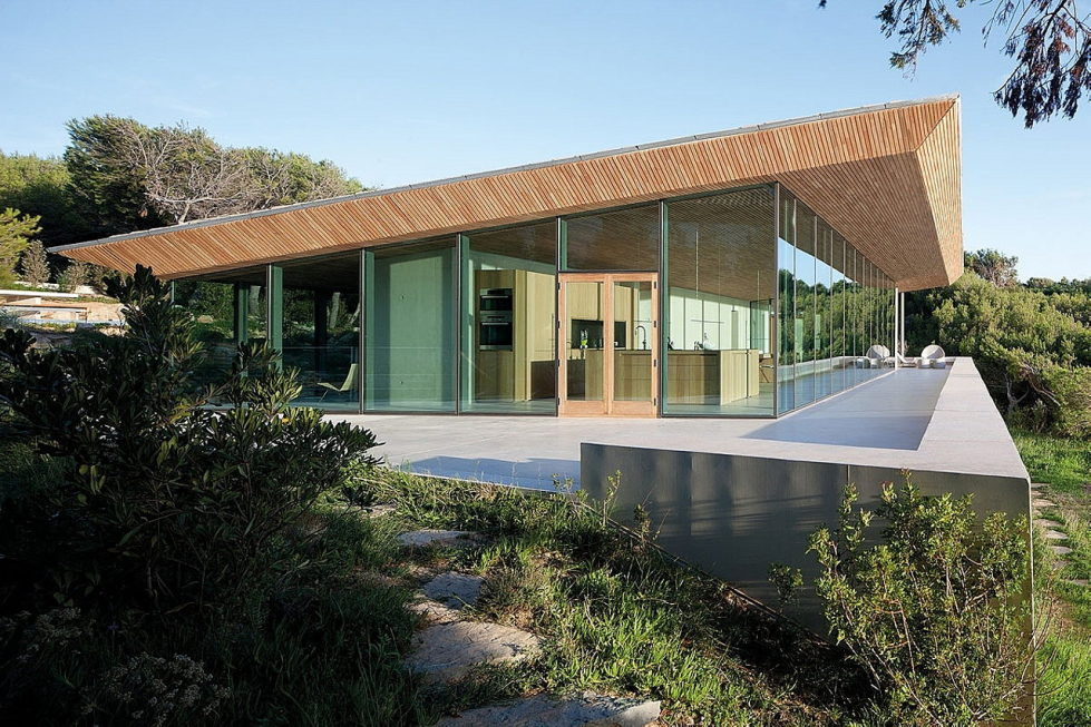 The House In Provence Overlooking The Sea From Bruno Erpicum Partners 1