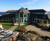 The Magnificent Residence On The Sea In Victoria Canada 1