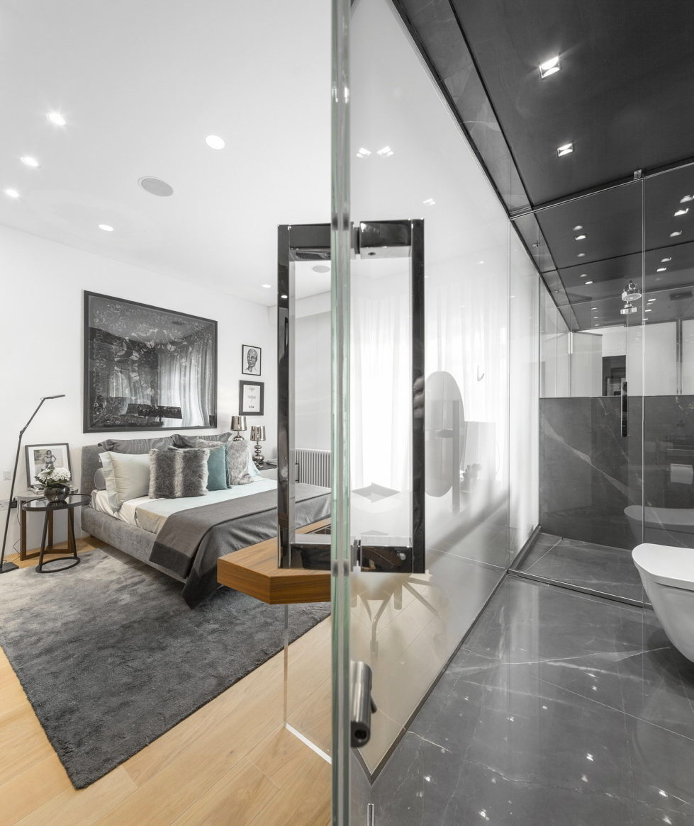 The Three-Storey Penthouse In London 19