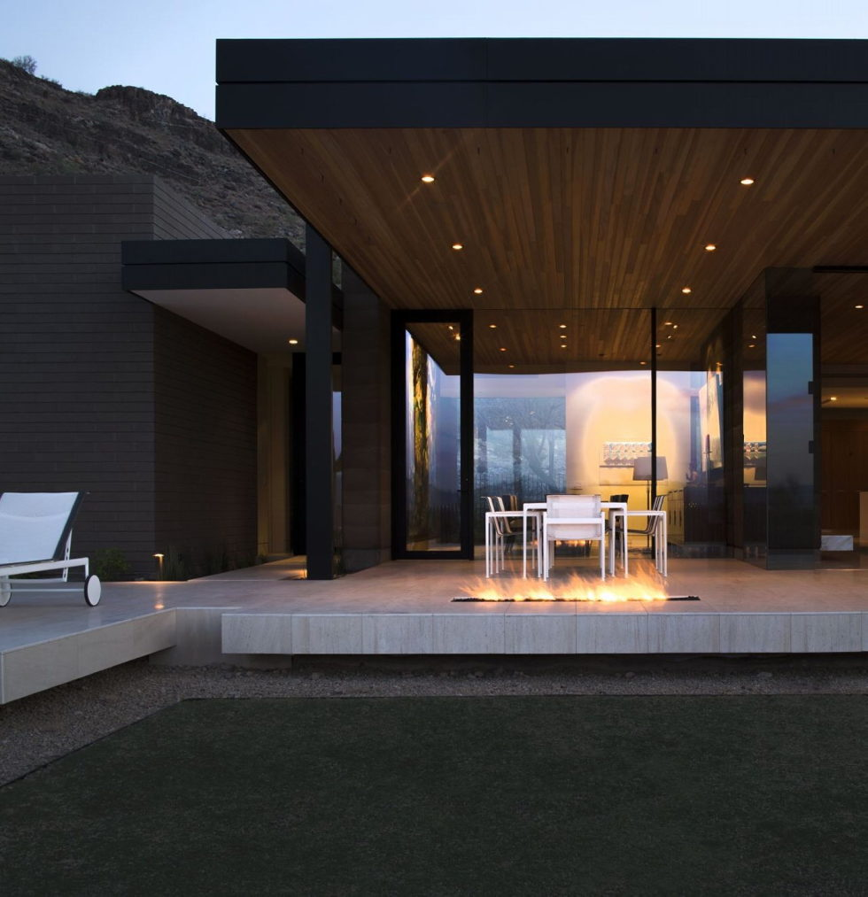 The house on a sandy hill in Arizona 15