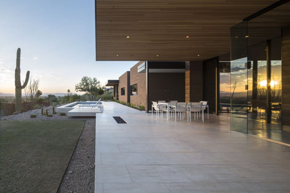 The house on a sandy hill in Arizona 17