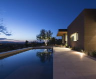 The house on a sandy hill in Arizona 9