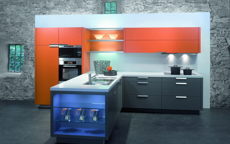 Combination of the orange and grey colors in the kitchen interior