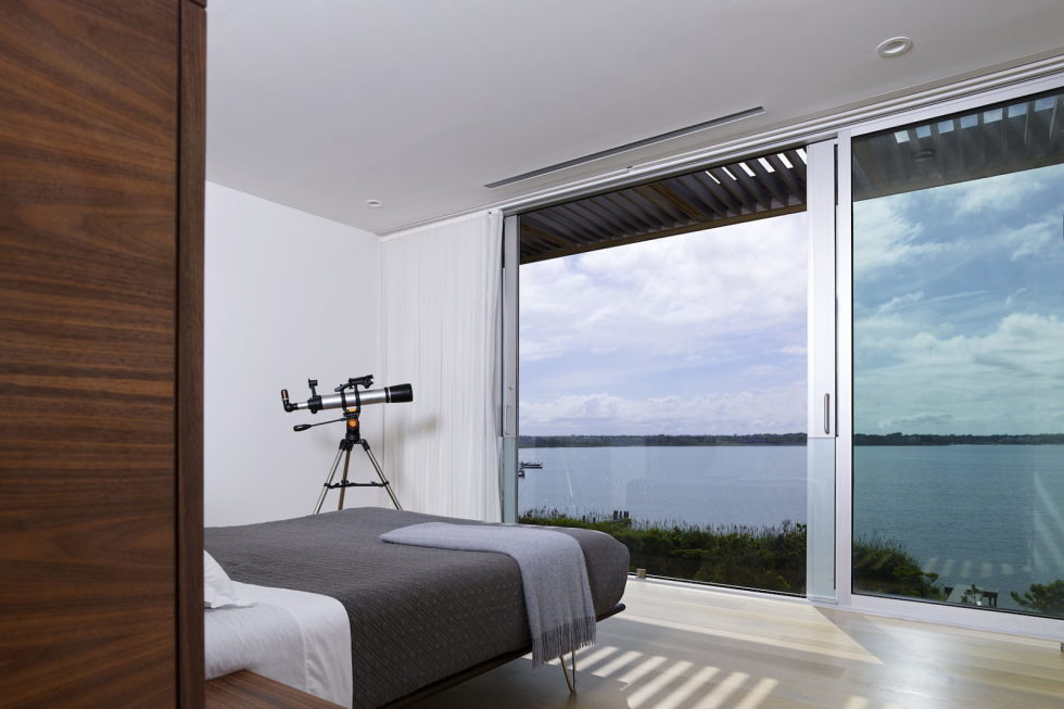 Cove Residence On The Bay Shore From Lomont Rouhani Architects 15