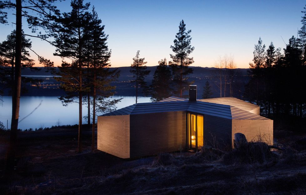 Rest House On The Territory Of Steinsfjorden Lake In Norway From Atelier Oslo Studio 14