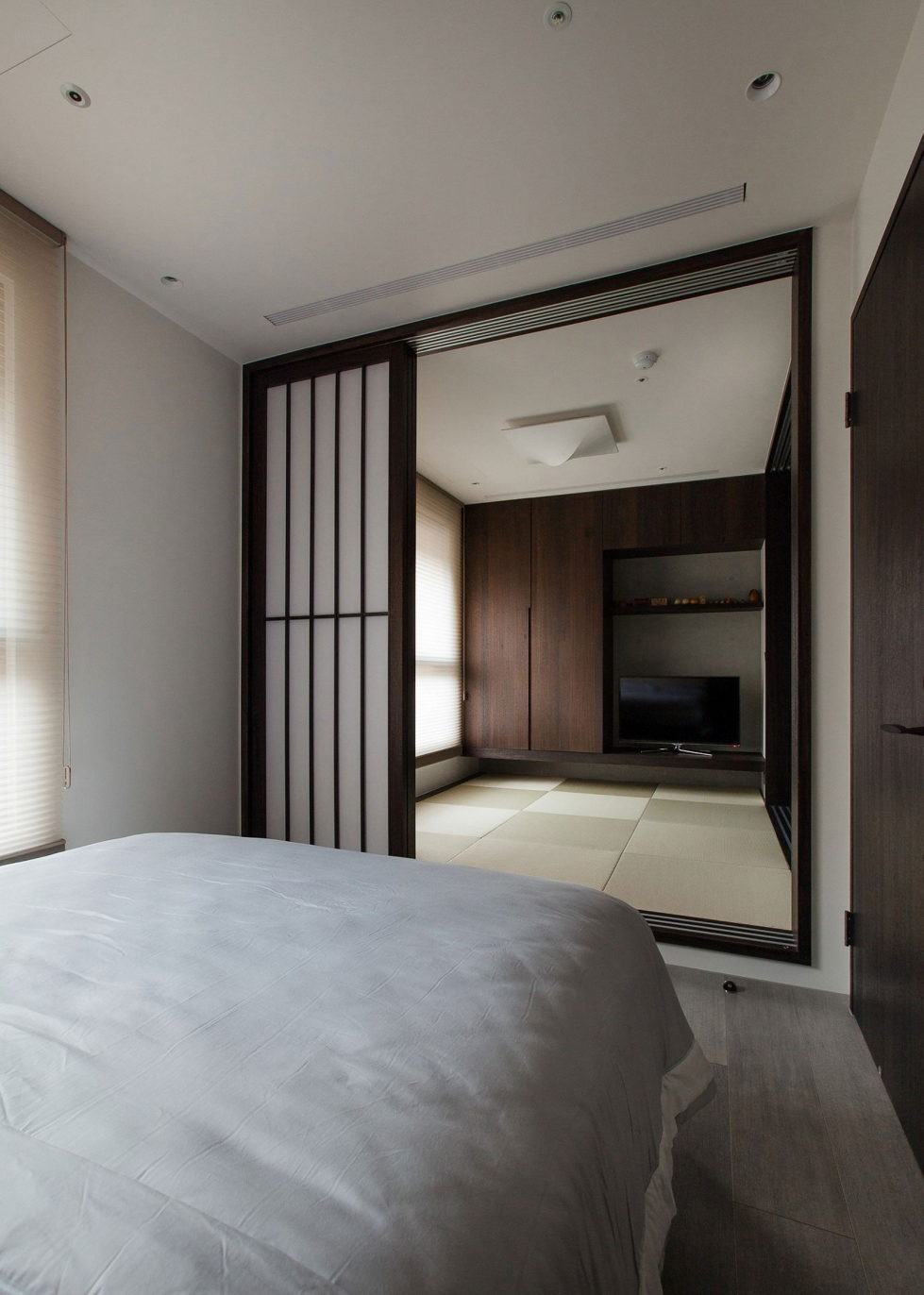 The Wang House Apartment In Taiwan Upon The Project Of The PM Design Studio 33