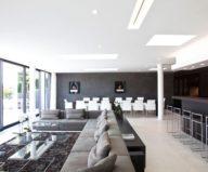 The luxury villa on the lake in Austria 4