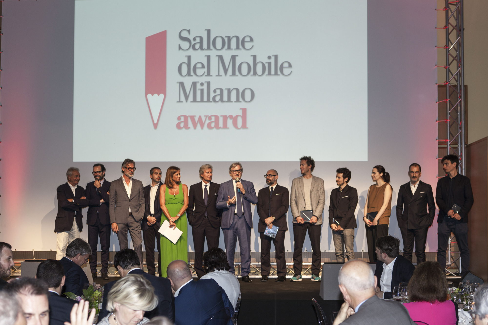 Origami by alberto meda for tubes wins as best product for Indirizzo salone del mobile milano