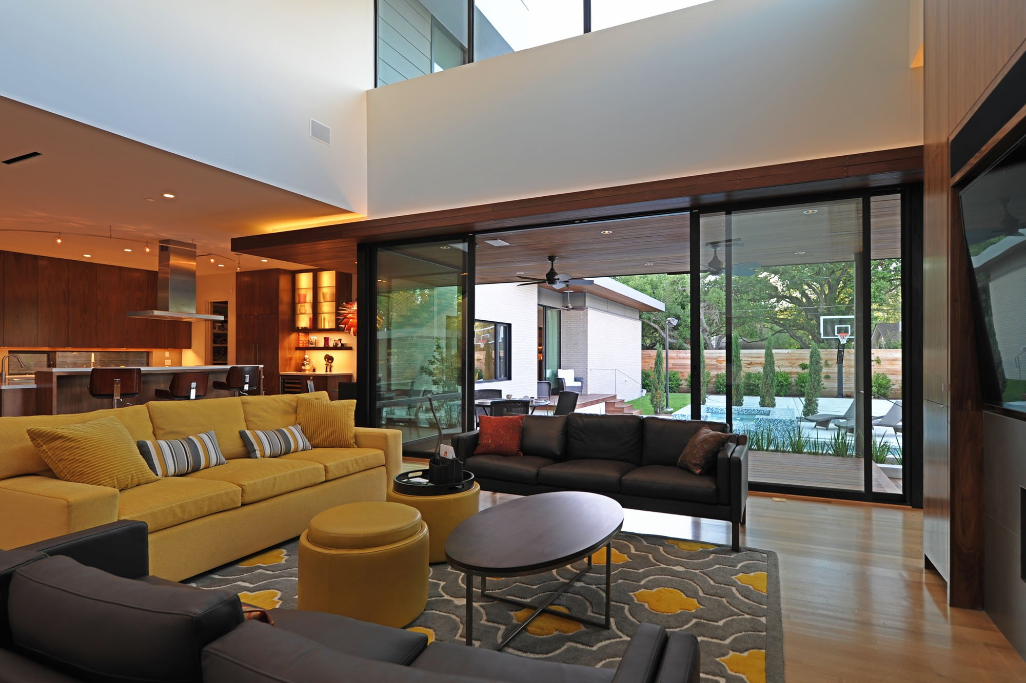 modern house in houston from architectural firm studiomet