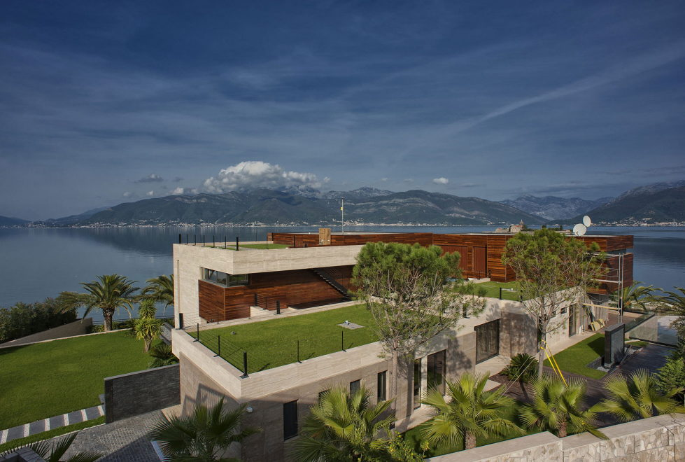 S, M, L - Villa In Montenegro From Studio SYNTHESIS 3