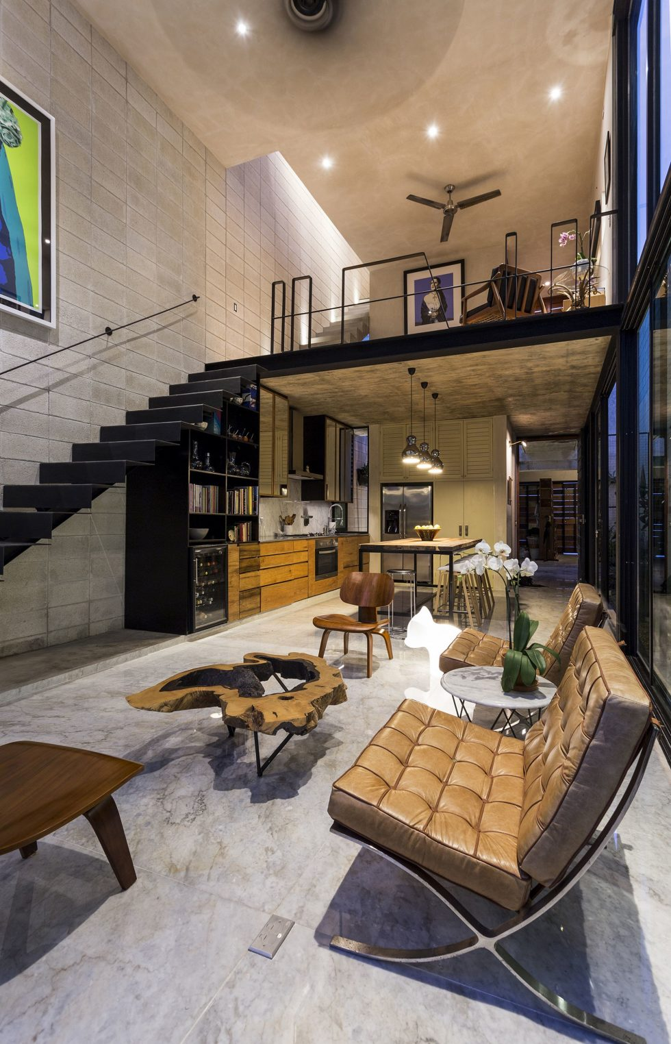 The Glass House In Mexico From Taller Estilo Studio 21