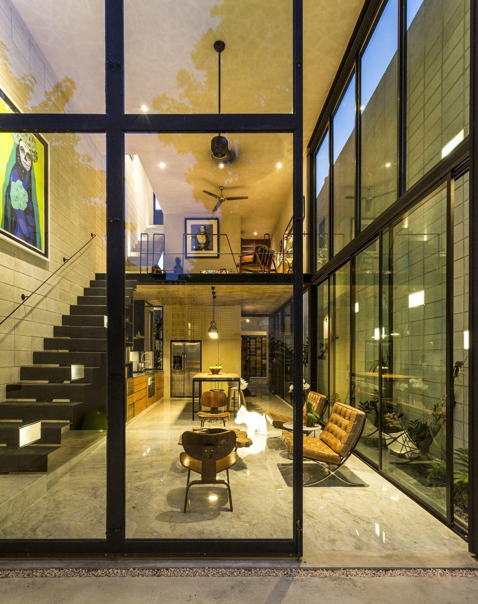 The Glass House In Mexico From Taller Estilo Studio 9