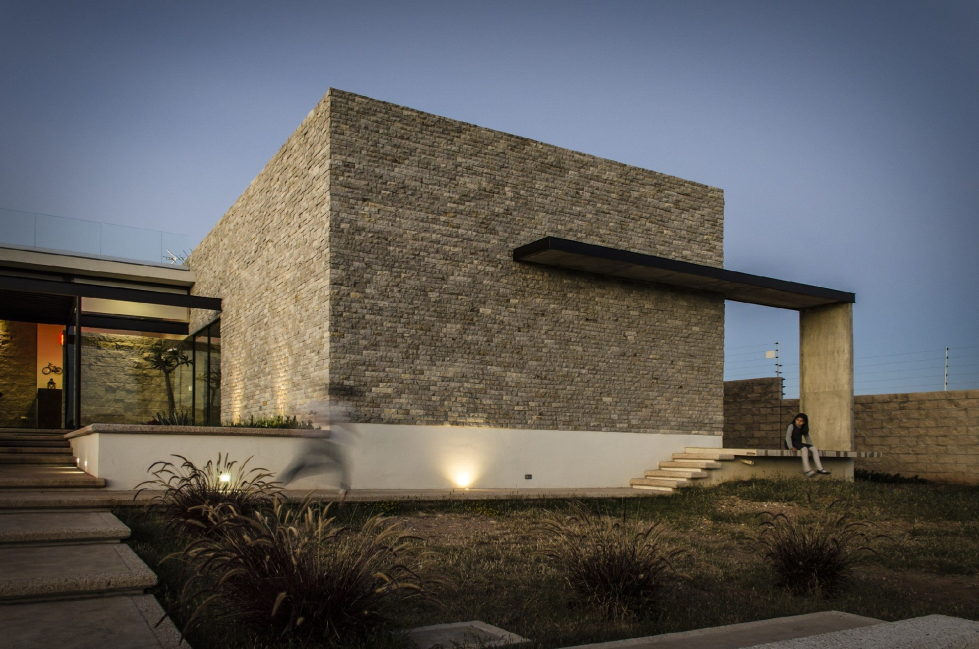 The modern private house La Tomatina house in Aguascalientes, Mexico 24
