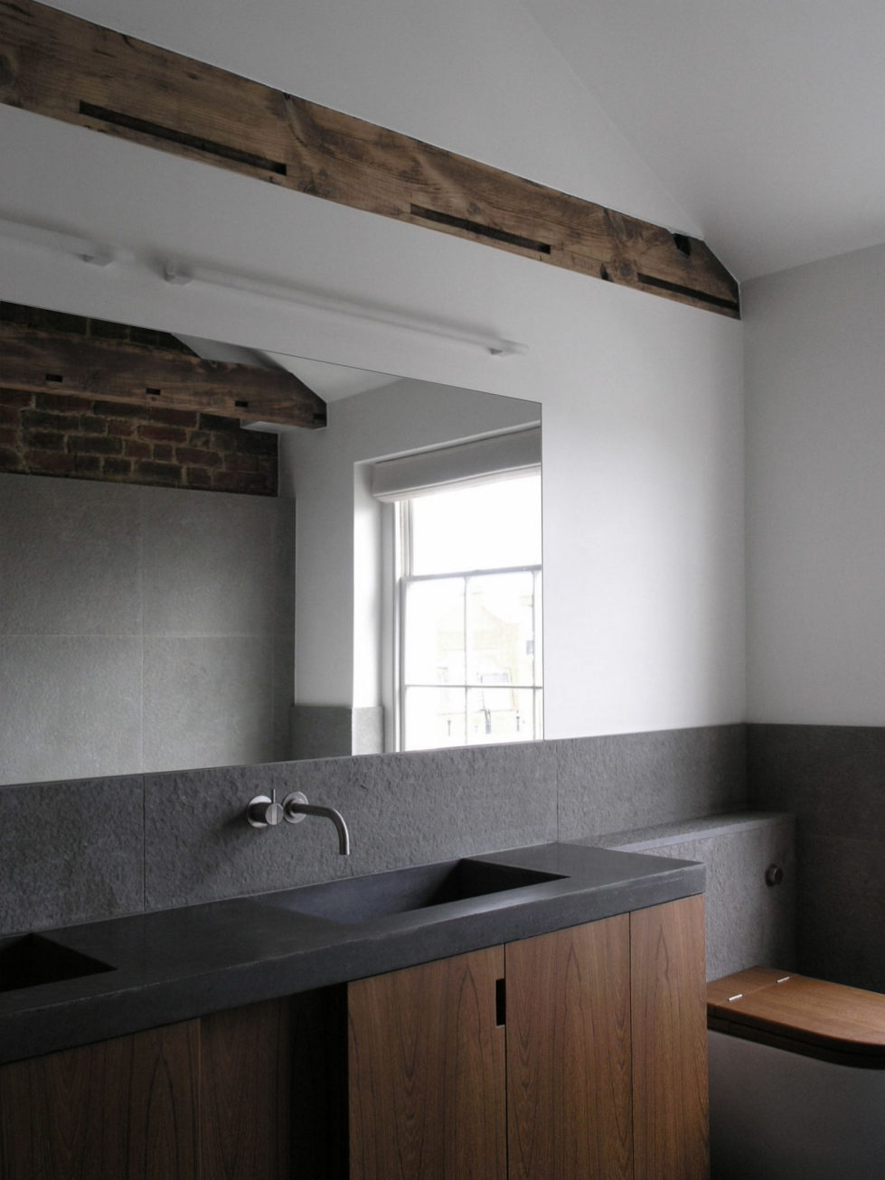The restoration of the townhouse in London 14