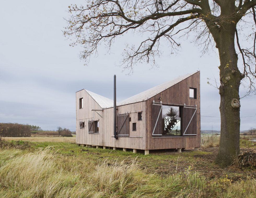 Zilvar The Modern House In Czech Village From ASGK Design Studio 10