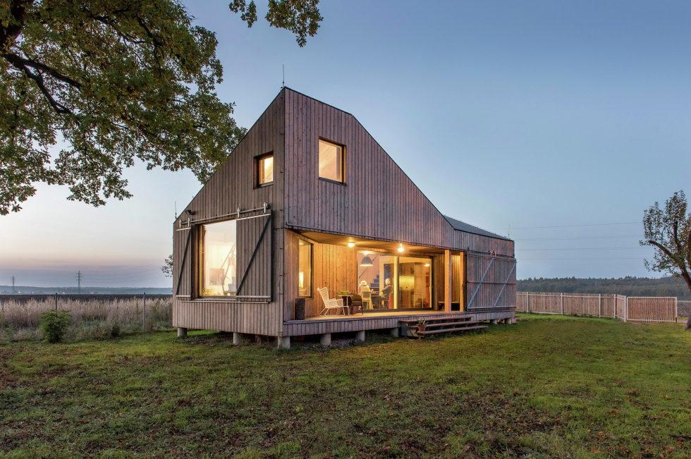 Zilvar The Modern House In Czech Village From ASGK Design Studio 12