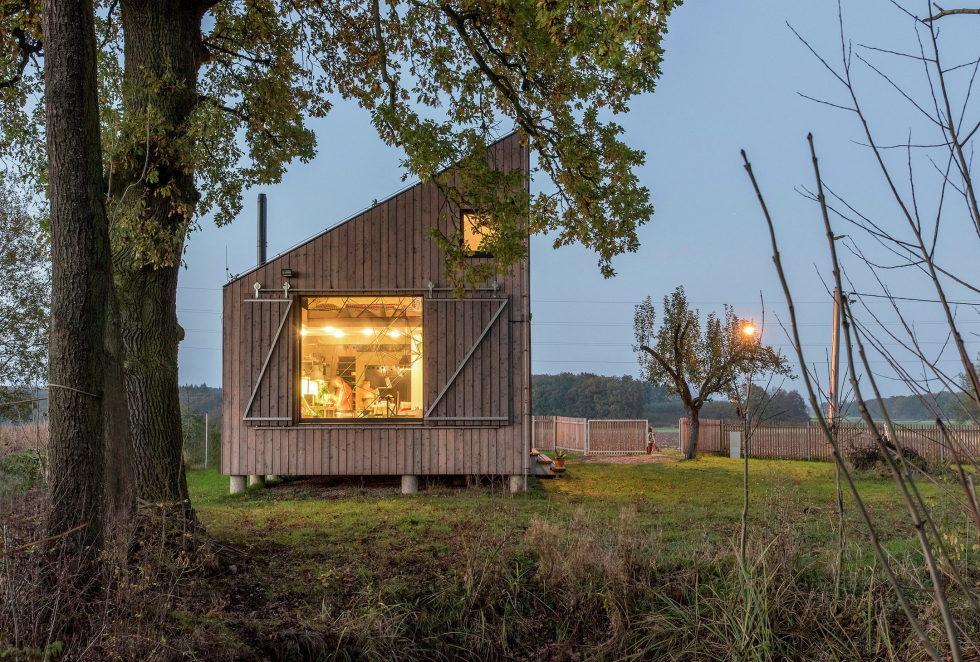 Zilvar The Modern House In Czech Village From ASGK Design Studio 13