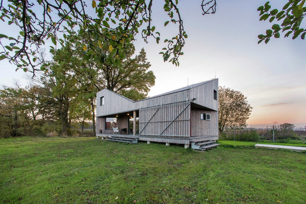 Zilvar The Modern House In Czech Village From ASGK Design Studio 15