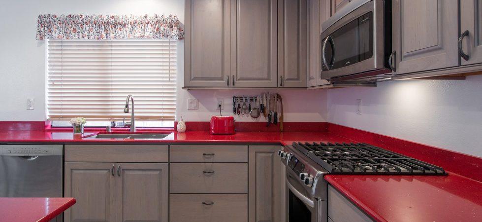 Kitchen countertop natural quartz stone red color