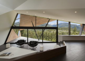 Modern country house upon the project of Patkau architects studio 11