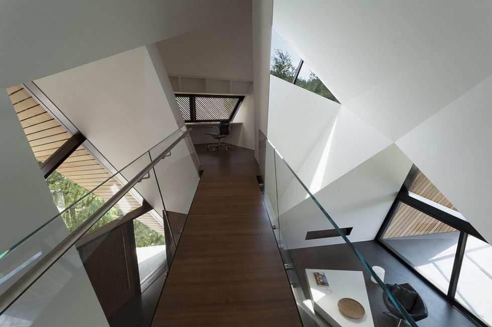 Modern country house upon the project of Patkau architects studio 15