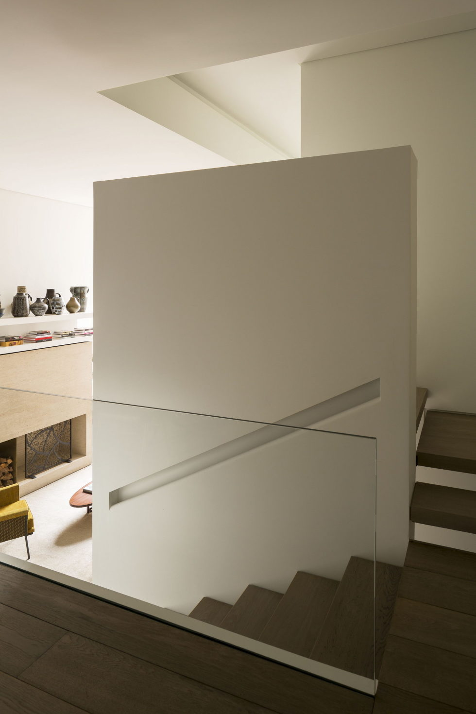 OM The Reconstructed Historical Townhouse In New York 8