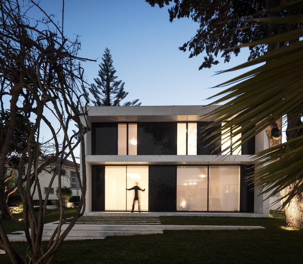 Oeiras House in Portugal from Joao Tiago Aguiar studio 11