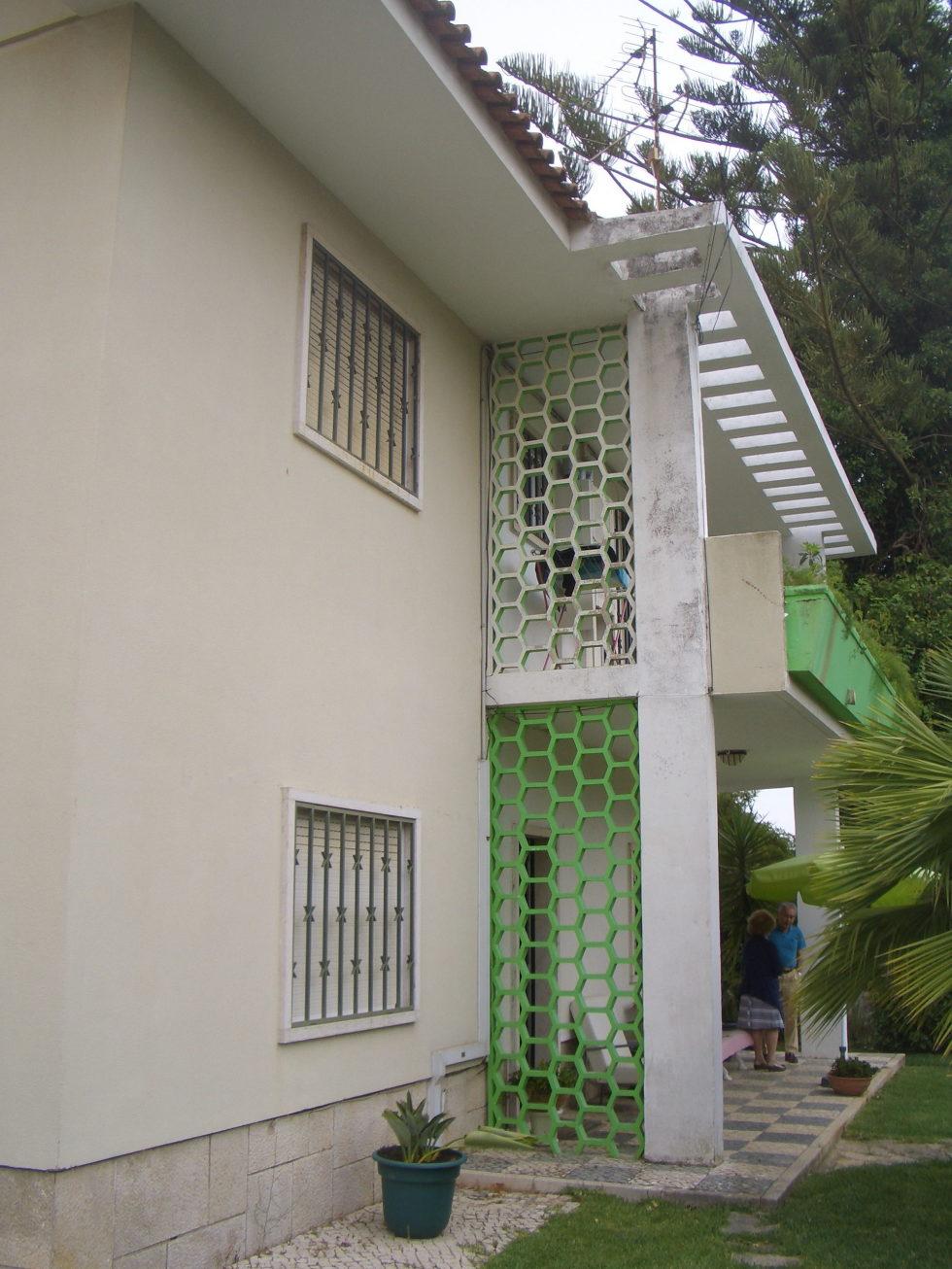 Oeiras House in Portugal from Joao Tiago Aguiar studio 15