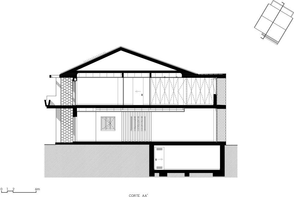 Oeiras House in Portugal from Joao Tiago Aguiar studio 35