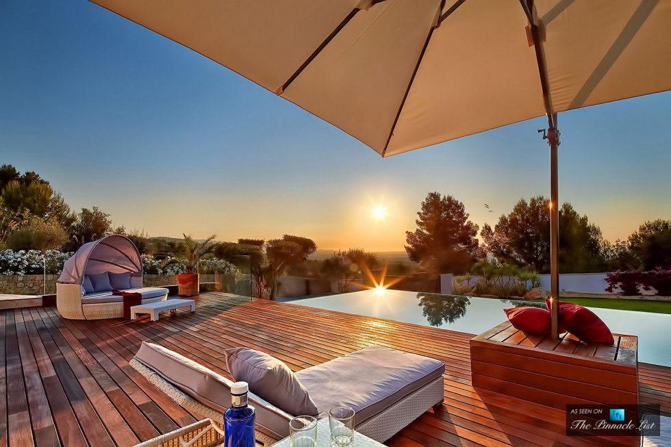 Origami The Magnificent Villa In Spain 17