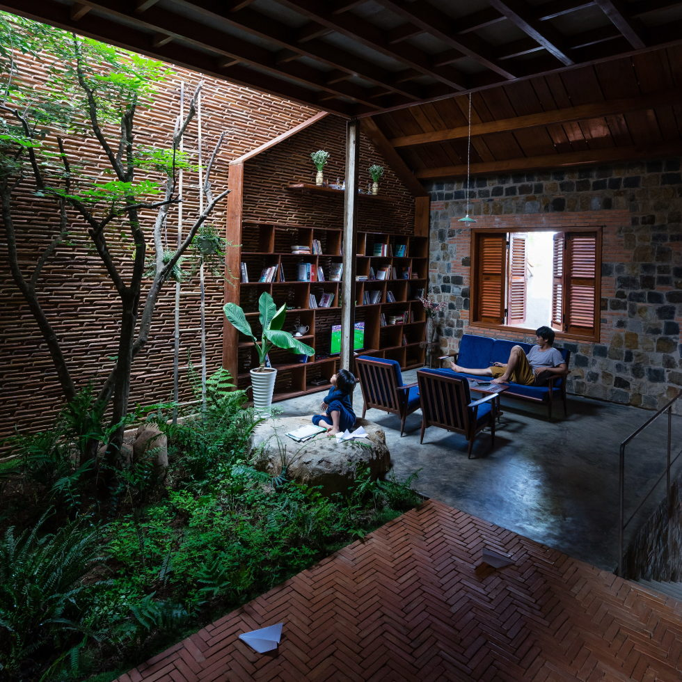 Uncle's House in Dalat, Vietnam upon the project of 3 Atelier 17