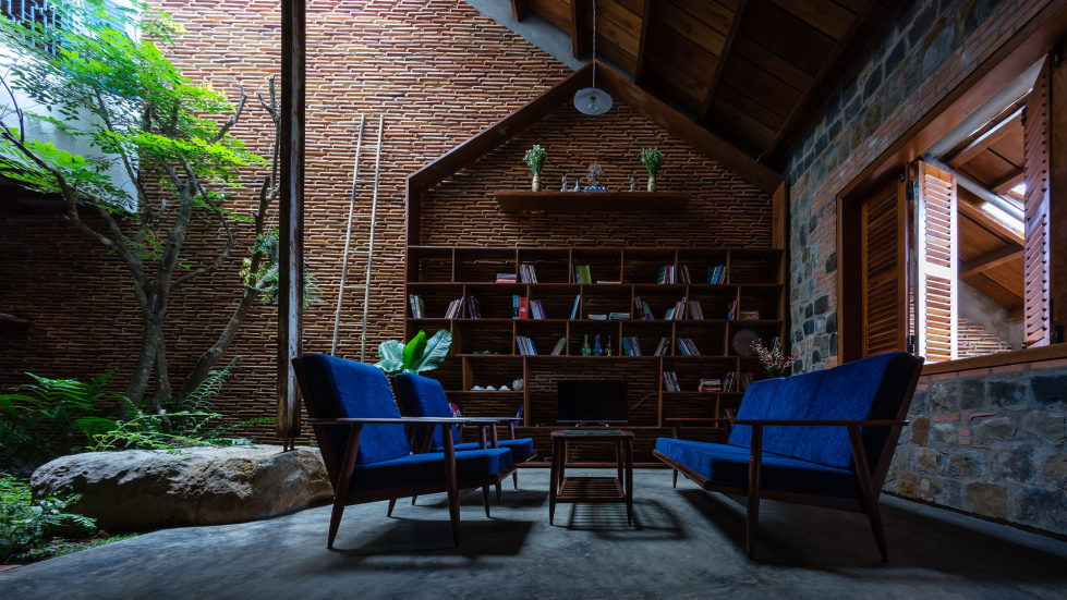 Uncle's House in Dalat, Vietnam upon the project of 3 Atelier 23