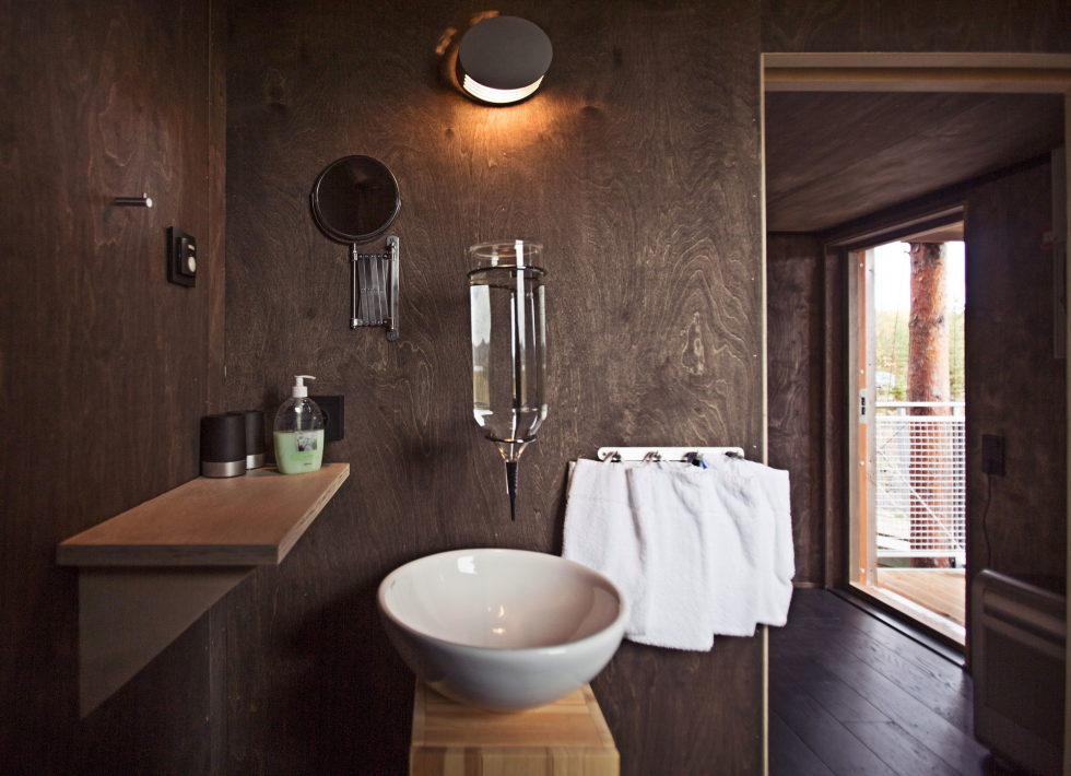 a-fantastic-hotel-dragonfly-in-swedish-by-rintala-eggertsson-architects-company-7
