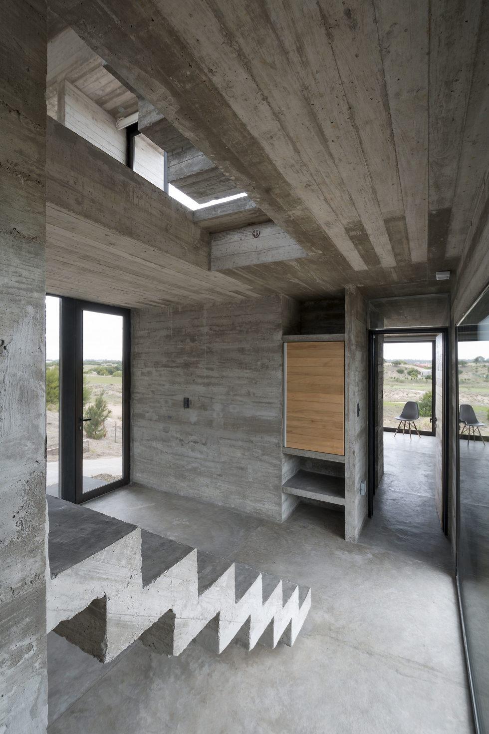 дом-гольф-дома--проект--Лучано-Крук-архитекторов-в-Аргентине-12