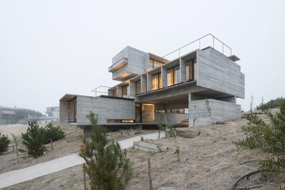 дом-гольф-дома--проект--Лучано-Крук-архитекторов-в-Аргентина-13