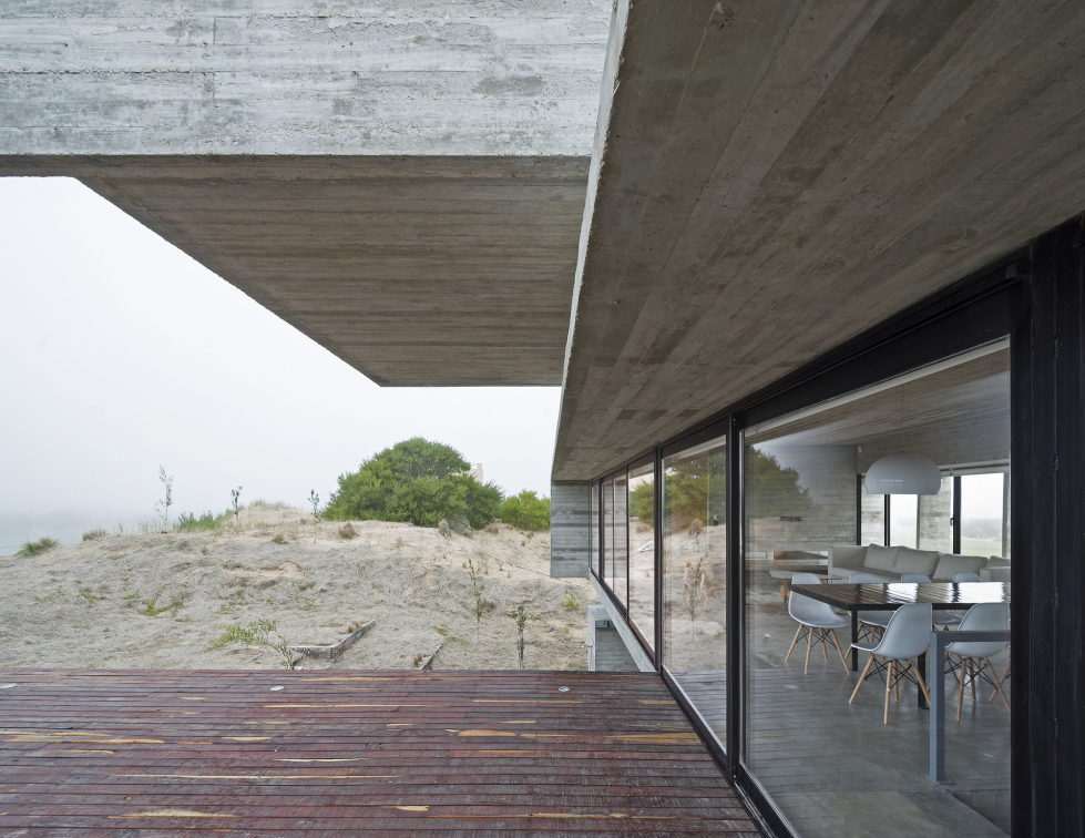 casa-golf-house-the-project-of-luciano-kruk-arquitectos-in-argentina-15