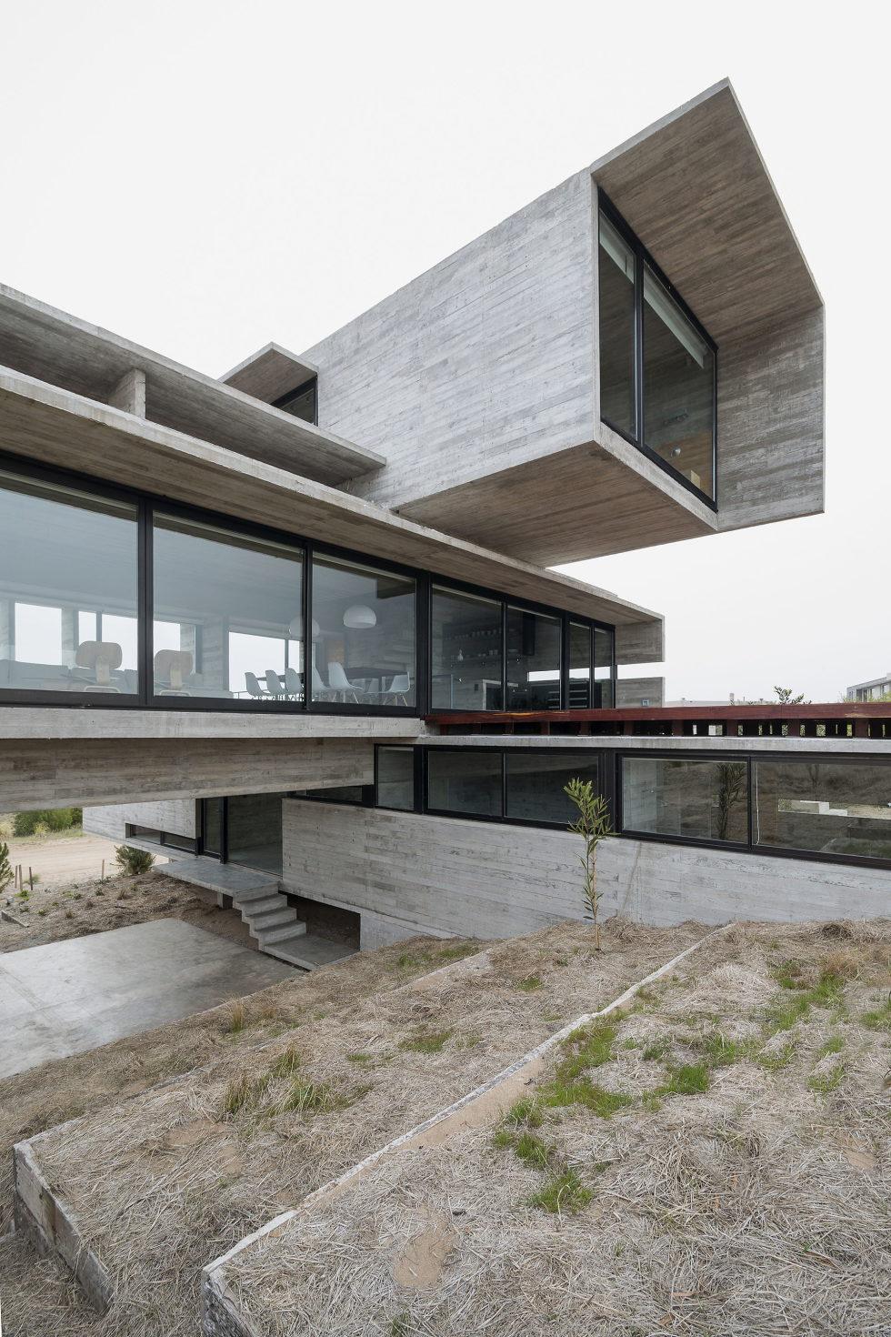 дом-гольф-дома--проект--Лучано-Крук-архитекторов-в-Аргентина-4