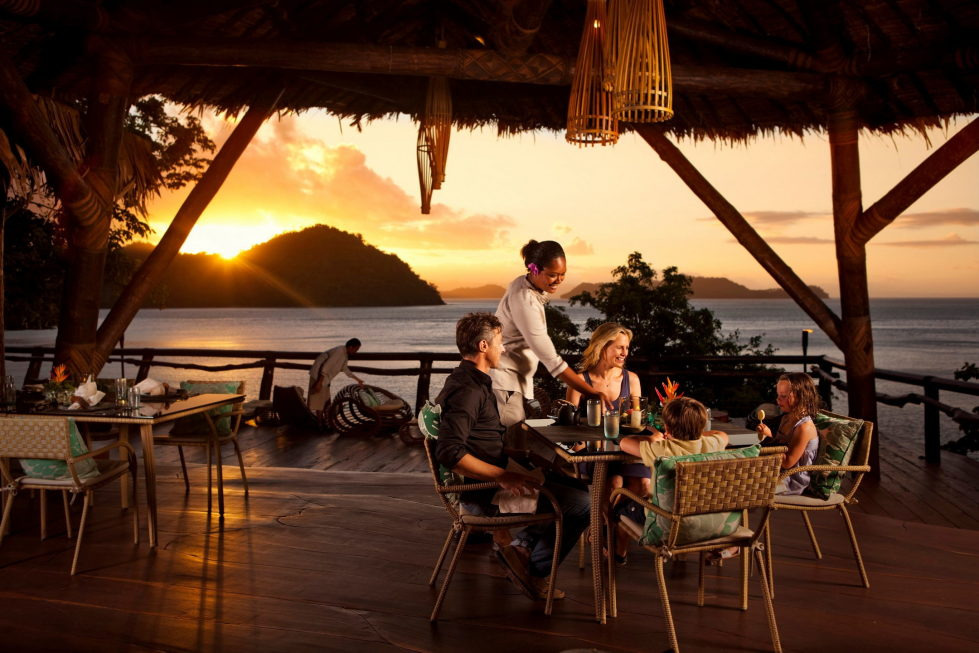 hotel-at-the-picturesque-private-laucala-island-in-the-pacific-ocean-15