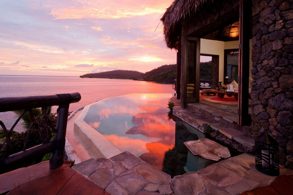 hotel-at-the-picturesque-private-laucala-island-in-the-pacific-ocean-16