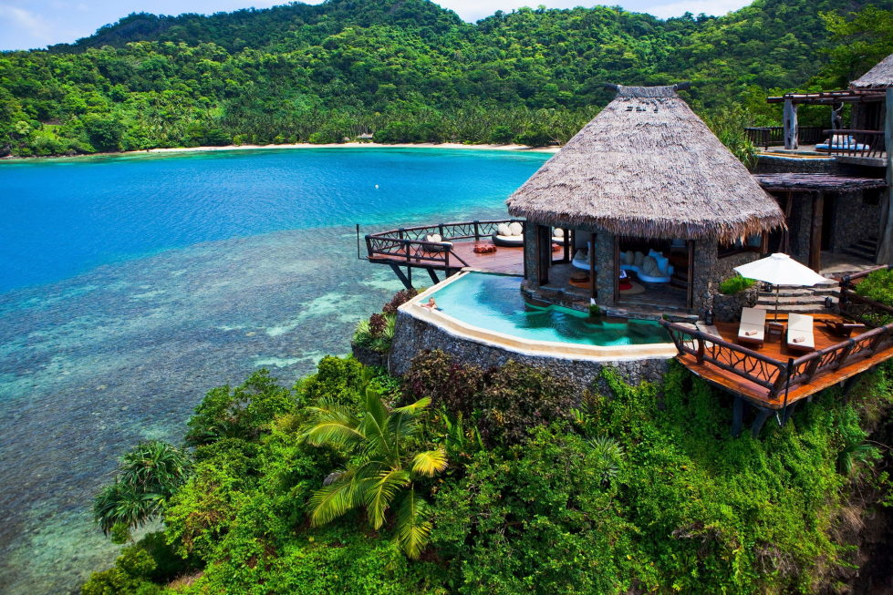 hotel-at-the-picturesque-private-laucala-island-in-the-pacific-ocean-19