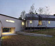 modern-country-house-by-engineforce-architect-bureau-1