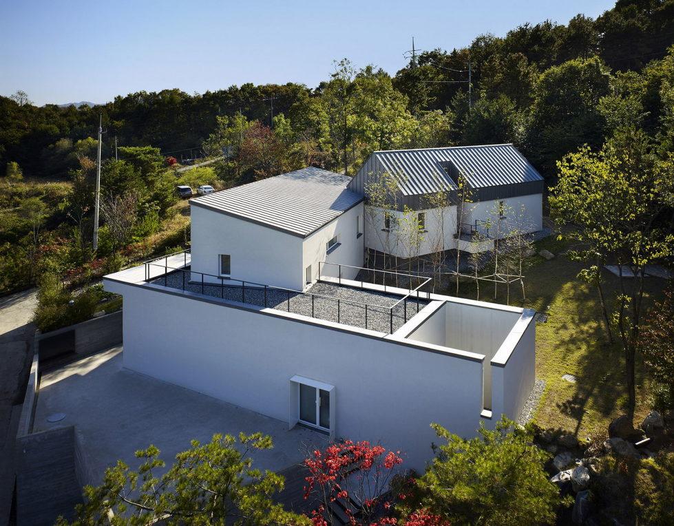 modern-country-house-by-engineforce-architect-bureau-11