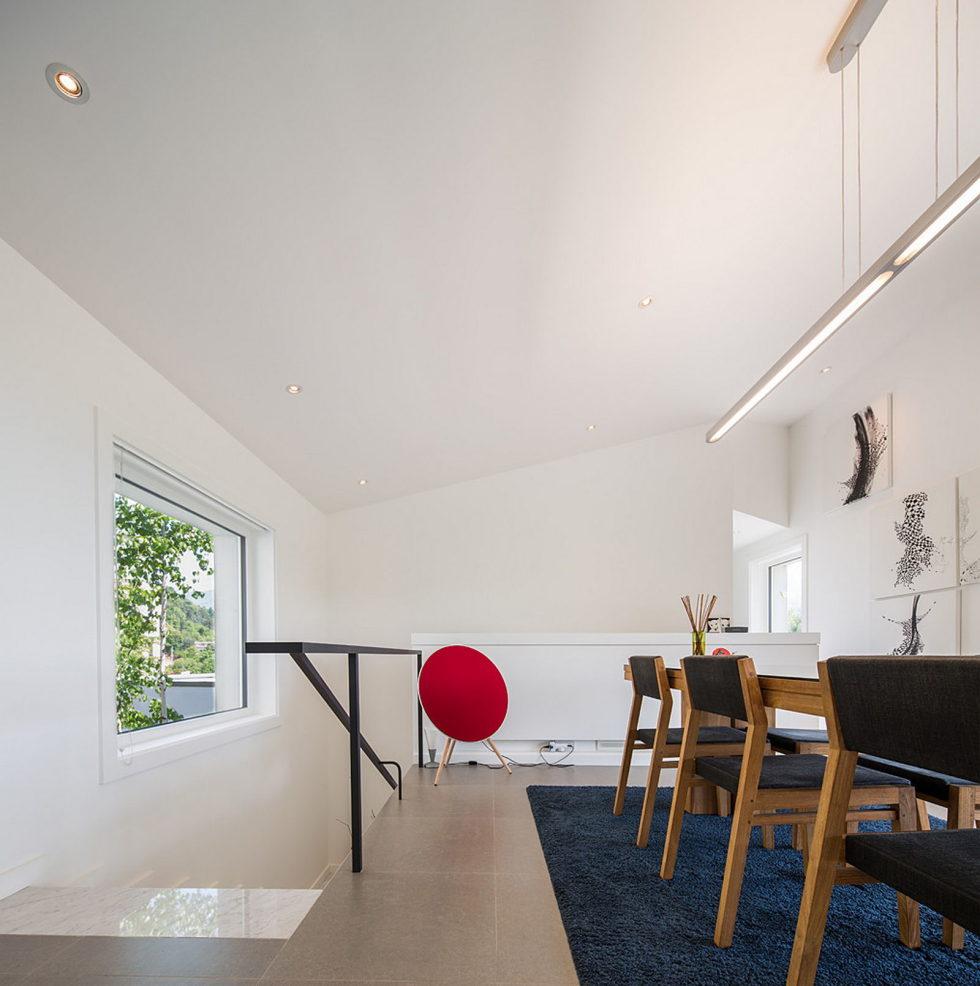 modern-country-house-by-engineforce-architect-bureau-14