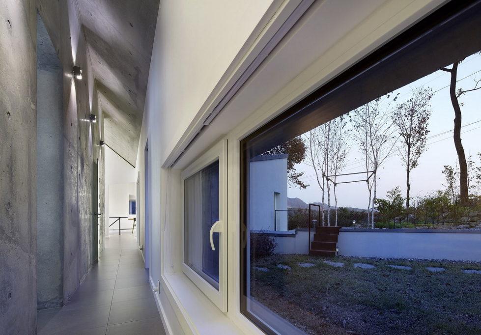 Modern country house by engineforce architect bureau