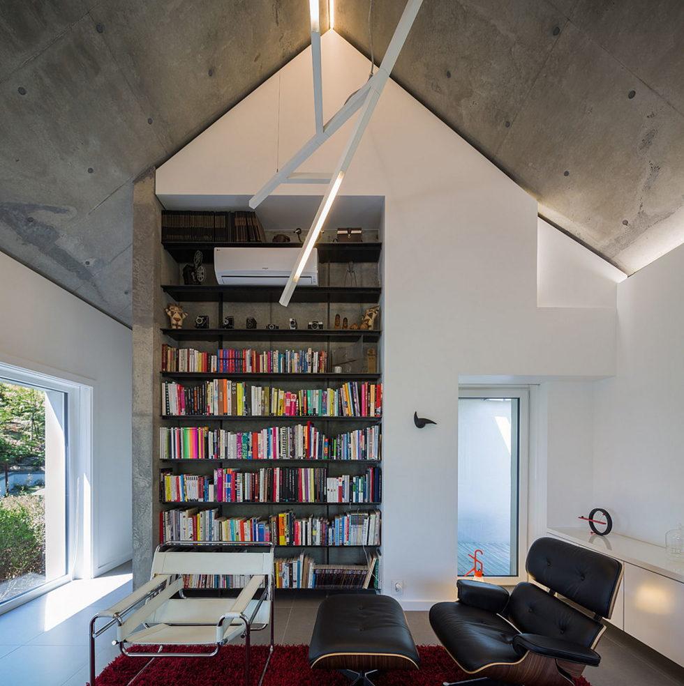 modern-country-house-by-engineforce-architect-bureau-2