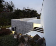 modern-country-house-by-engineforce-architect-bureau-3