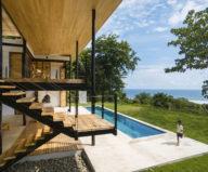ocean-eye-the-tropical-manor-by-the-ocean-1