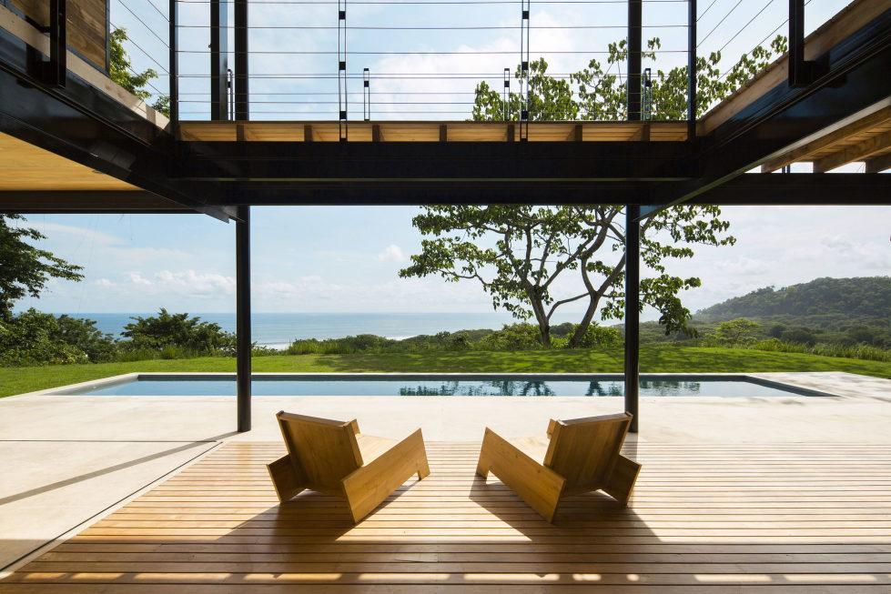 ocean-eye-the-tropical-manor-by-the-ocean-2
